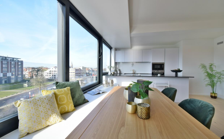 fluwelen stoel, zuiver, storm tafel, designkeuken, citynest